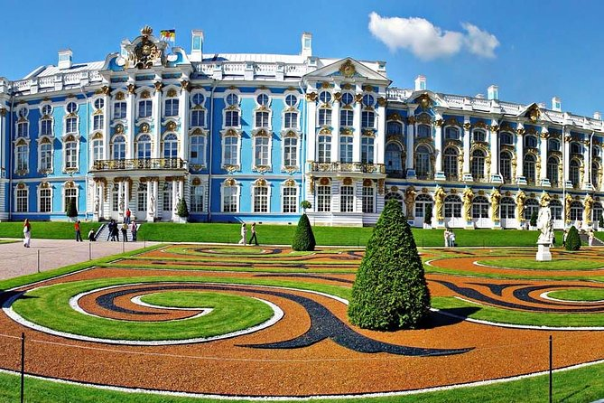 Tour of Pushkin Catherine Palace and Peterhof Grand Palace