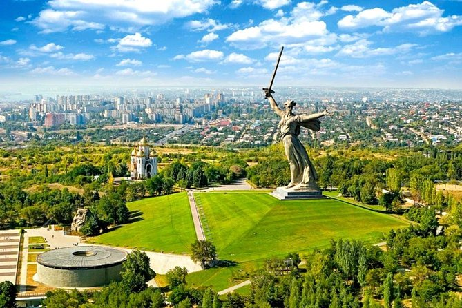 Volgograd Sightseeing Tour with Transport