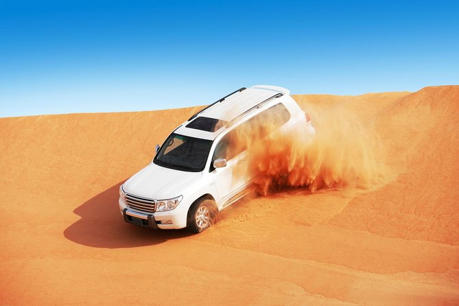 Dubai Super Saver: Desert Camp Experience by 4x4 and Dhow Dinner Cruise