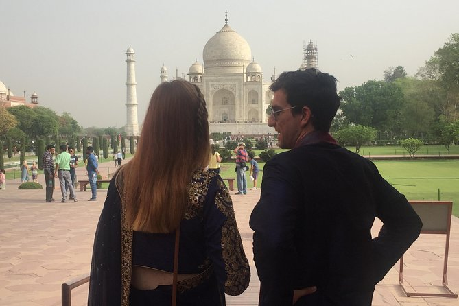 Agra same Day Sunrise Tour of Taj Mahal from Delhi