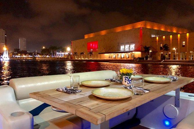 Sibarita Express Cartagena Harbor Cruise with Dinner and Wine