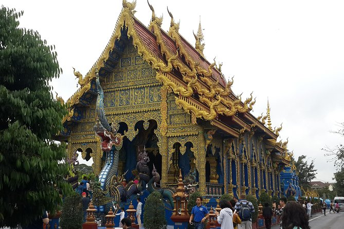 White temple, Blue temple and Black Houses private tour