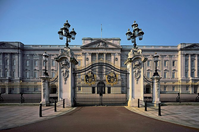 Buckingham Palace Tickets with Royal Walking Tour Including Afternoon Tea