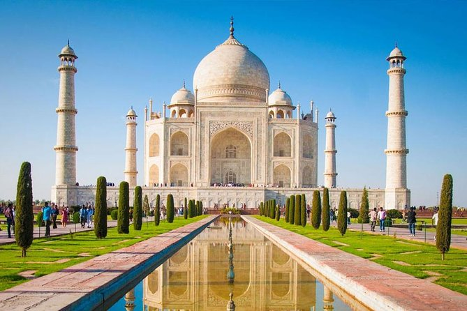 Taj Mahal With Nature Valley south india tour