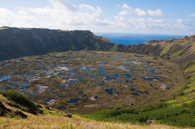 Orongo, Ahu Vinapu and Rano Kau Half Day Tour