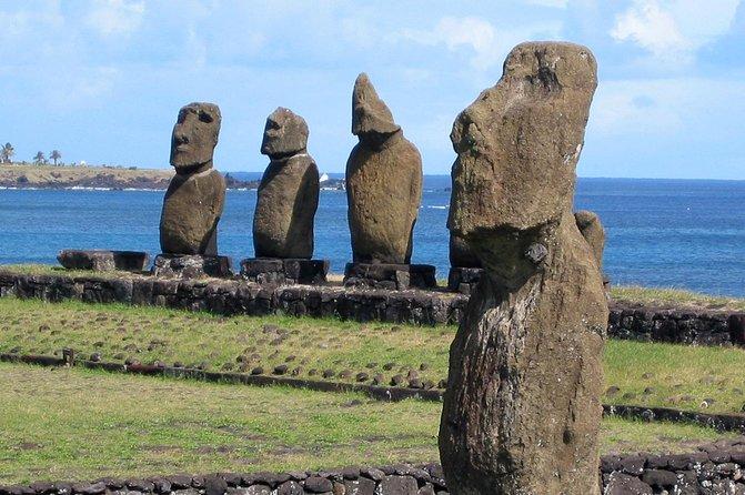 Visitez Ahu Tahai et voyez le moai debout sur Ahu Vai Uri