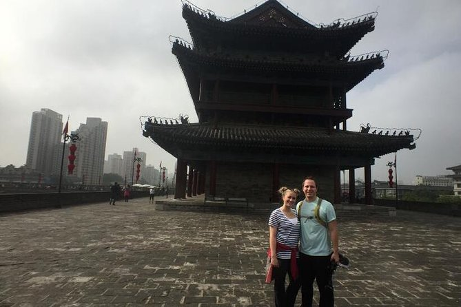 Full Day Small Group Tour of Terracotta Army and City Wall in Xi'an