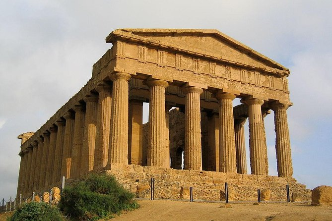 Transfer from Catania to Piazza Armerina and Agrigento