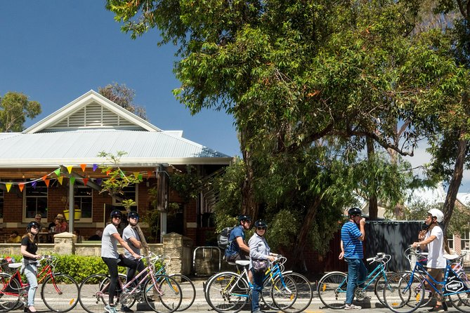 Explore Freo The Local Way: 3-hour Bike Tour