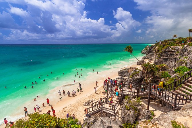Tulum and Xcaret Private Tour from Cancun or Riviera Maya
