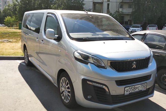Minivan Taxi from Moscow to the Sheremetyevo airport