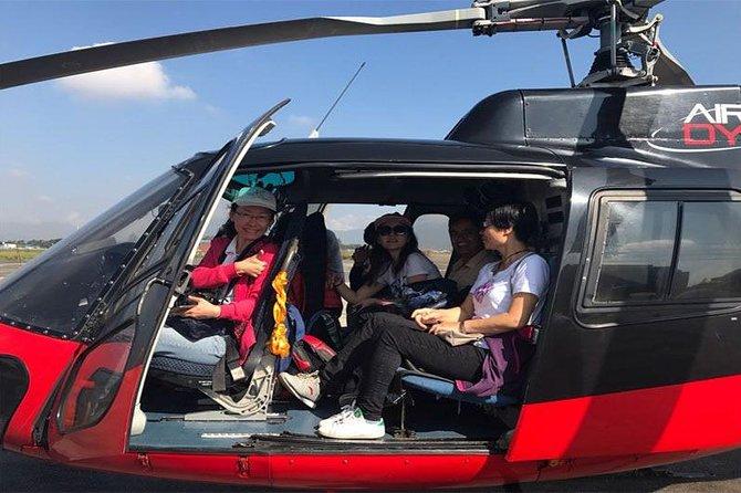 Visite en hélicoptère des trois heures de l'Everest - Petit-déjeuner à l'Everest