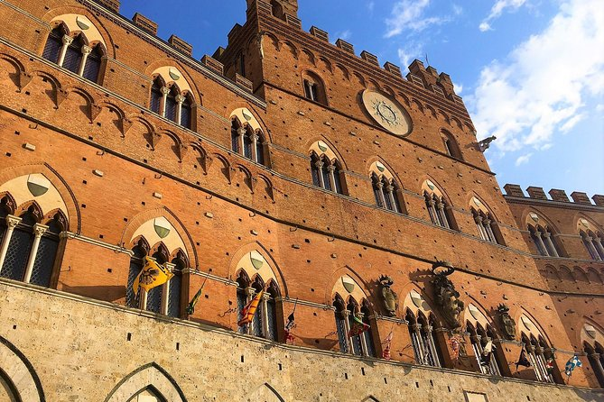 Civic Museum of Siena: a jewel of culture inside the majestic Palazzo Pubblico