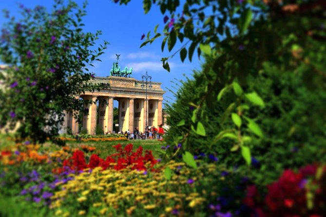 Private Walking Tour of Berlin with Round-Trip Transportation from Warnemünde