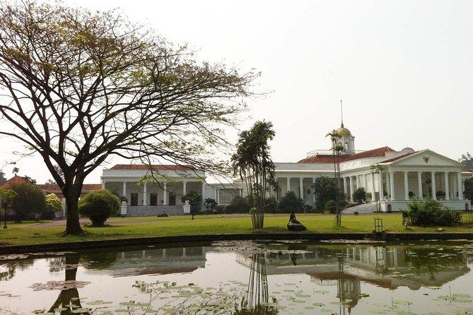 Bogor Botanical Garden (private Coach Tour)