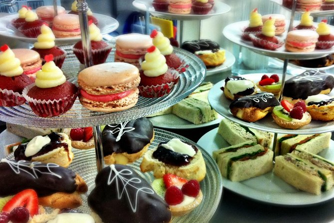 Highlights Colombo Day Tour with Afternoon High Tea in Kingsbury Hotel