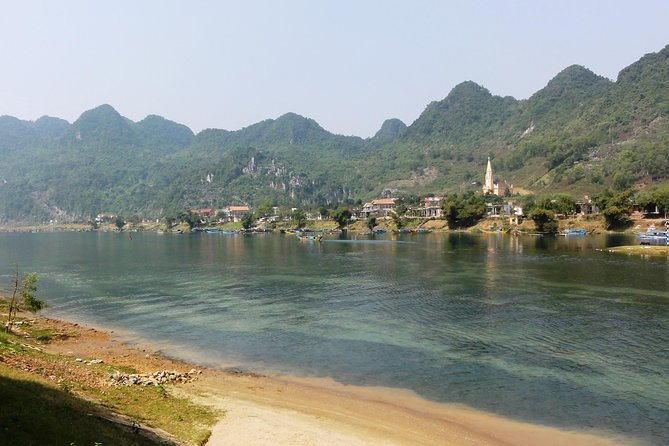 TOUR TO THE CAVES - 2 DAYS & 1 NIGHT in Phong Nha NATIONAL PARK