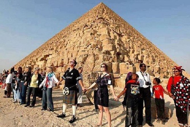 Cairo Tours, Nile River Cruises and Lake Nasser Cruises