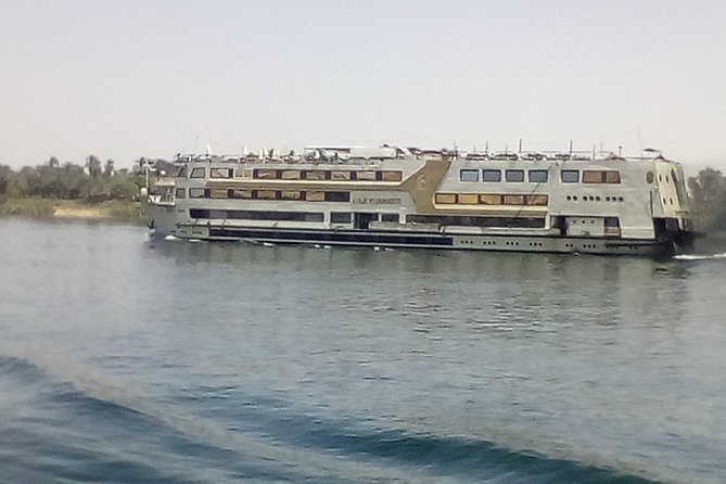 Four days on five star Nile river cruise ship from Luxor to Aswan