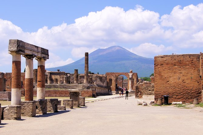 Private Pompeii and Sorrento from Rome with Limoncello Tasting