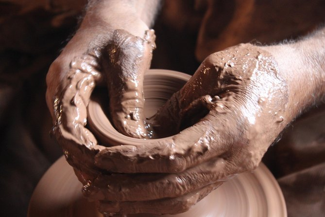 Hand and Wheel Pottery Workshop in Marrakech
