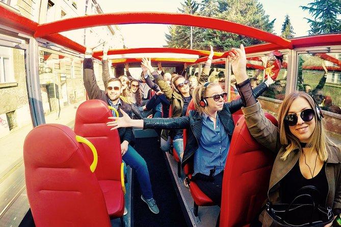 Autobús panorámico con paradas libres: Recorrido por la ciudad de Zagreb
