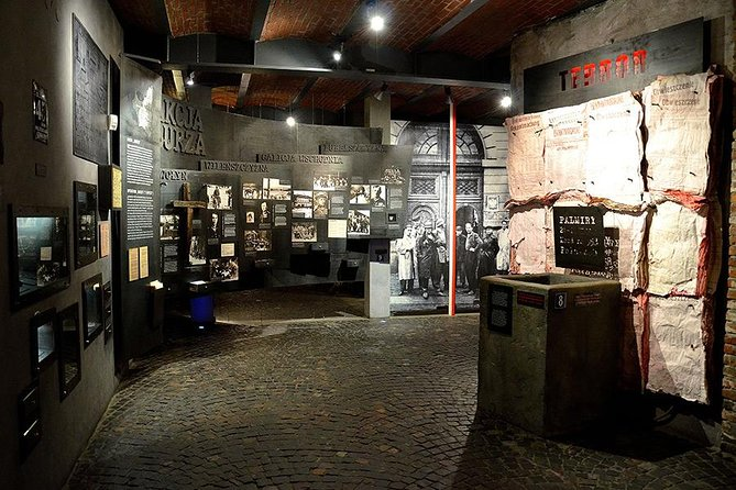 Warsaw Uprising Museum (1944) + Lazienki Park : SMALL GROUP /inc. Pick-up/