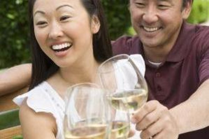 Taste wines typical of the Liguria region on your walking tour
