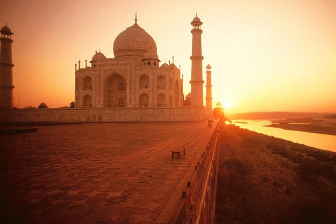 4 Hrs Tajmahal Excursion From Jaipur and Drop at New Delhi with Transports photo 1