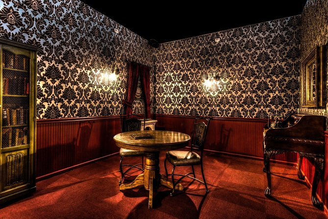 Vampire's Lair Escape Room Game for Private Group