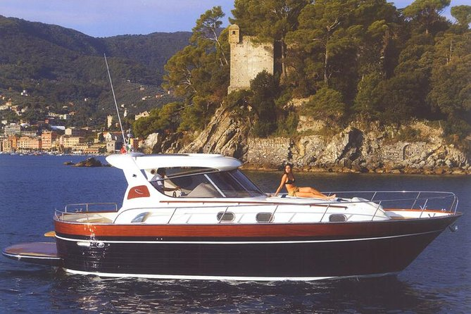 Cruzeiro de dia inteiro em Positano e Amalfi saindo de Nápoles