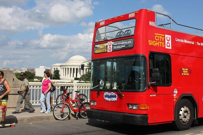 Washington DC Double Decker Bus Guided Night Tour