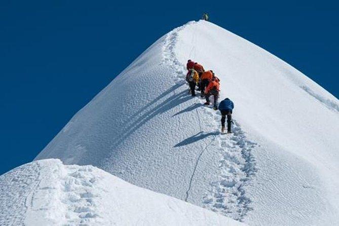 Everest Trek with Island Peak (Imja Tse) Climbing