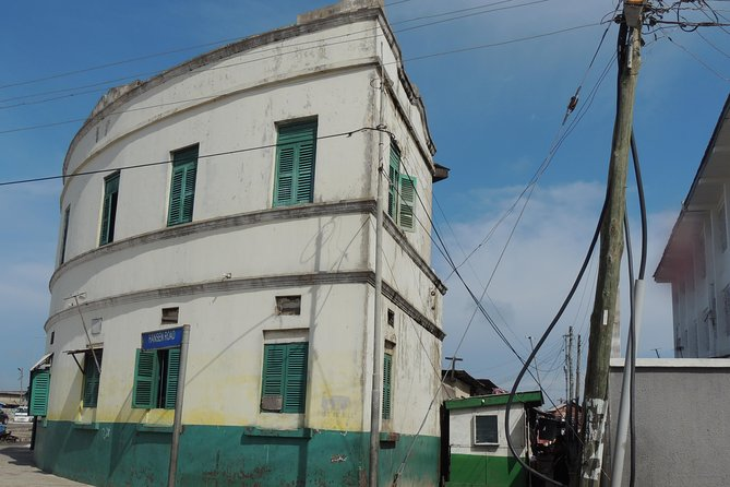 Accra Architecture and Neighborhoods Tour
