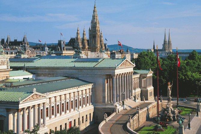 ウィーンのプライベートヒストリーとアートシティツアー