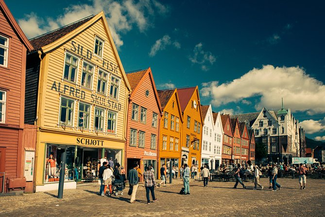 City Walking Tour - Bergen On Foot