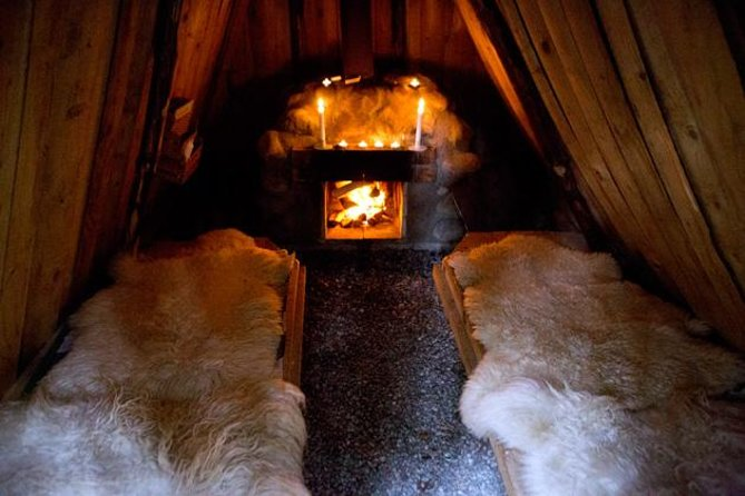 Stay in a cozy ecolodge hut in the heart of one of Sweden's most beautiful forest areas