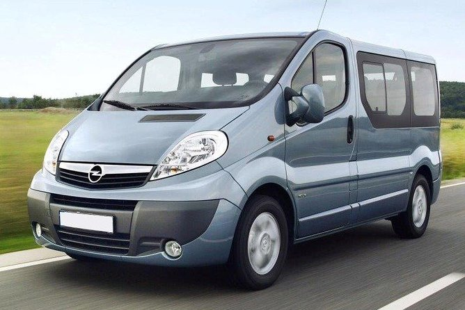 Private Arrival Transfer: Brindisi Airport to Lecce city hotels