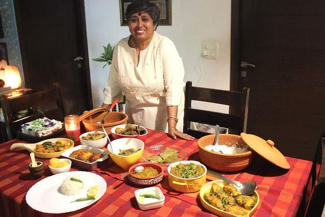Bengali Cooking Class with a Local in New Delhi