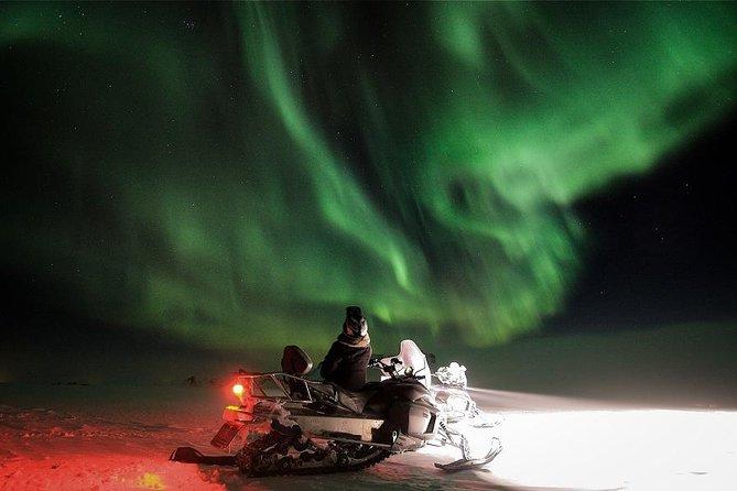 Snowmobile Aurora