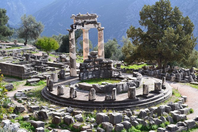 2 days to Delphi and Olympia private tour