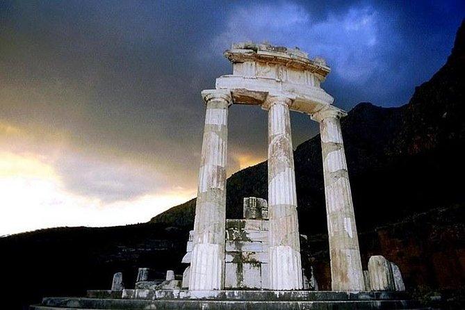 Bezoek Delphi het beroemde orakel! Verken de mysteries van de antieke wereld!