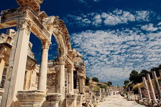 Small Group: Full Day Ancient Ephesus Tour With House of Virgin Mary From Kusadasi