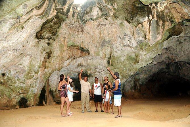 Aruba Tour with Arikok National Park and Arashi Beach