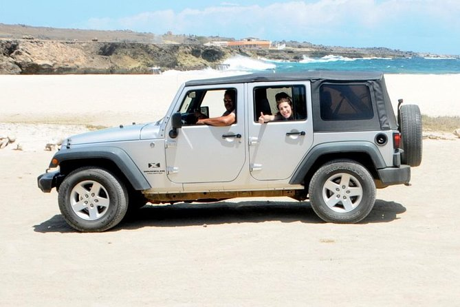 Aruba: Off-Road Tour with Catamaran Snorkel Cruise and Lunch