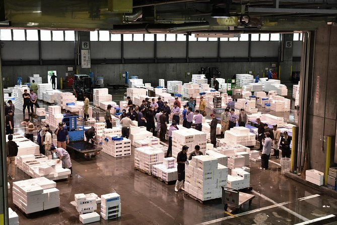 Sapporo Central Wholesale Market Private Tour with Licensed Guide