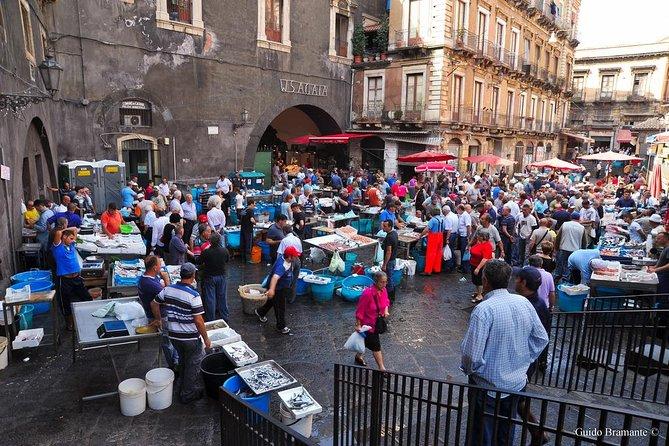 Food walking tour Catania