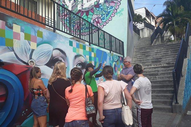 Comuna 13, Graffiti tour Medellin