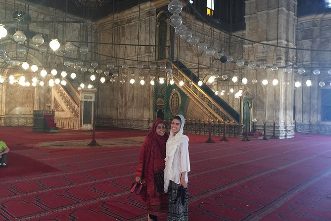 Layover Tour to Egyptian Museum and Old Cairo