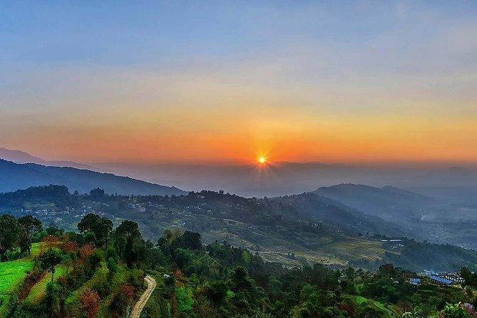 Nagarkot Sonnenaufgang und Tageswanderung nach Changunarayan von Kathmandu aus